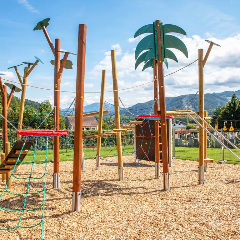 Spielplatzinstallation in Proleb